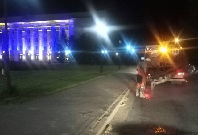 У Херсоні відремонтували дорожнє покриття у районі площі Свободи